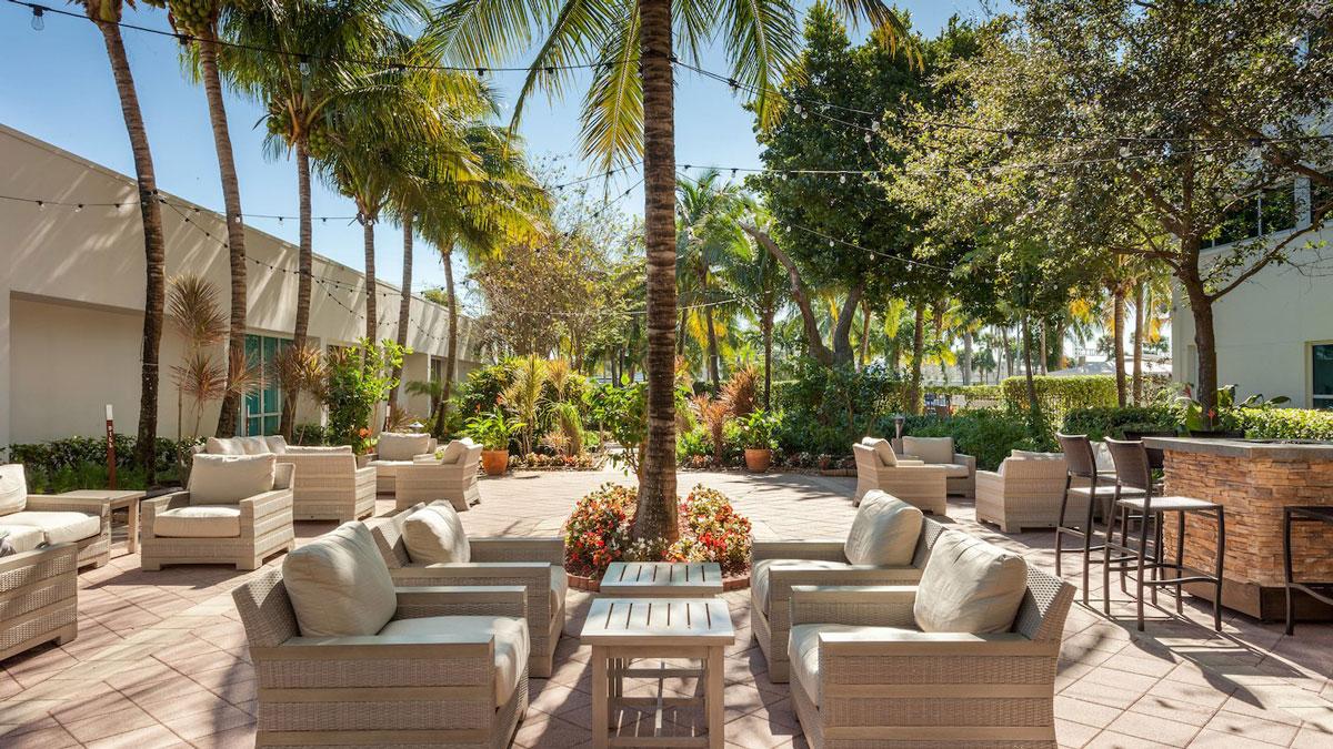 barrett jackson vip experiences palm beach accommodations West Palm Beach Marriott patio