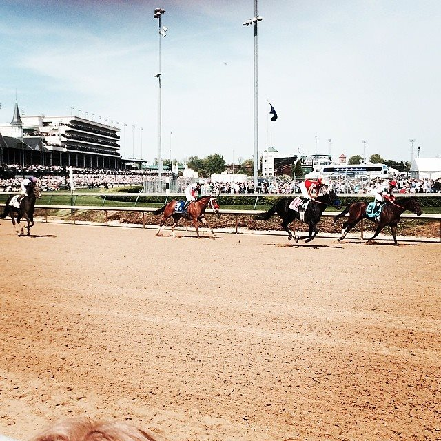 3 Mistakes People Make When Booking Kentucky Derby Tickets