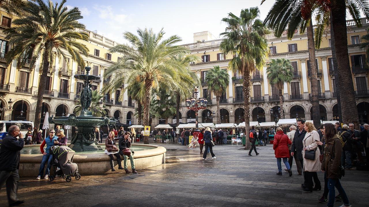 barcelona f1 travel guide 1