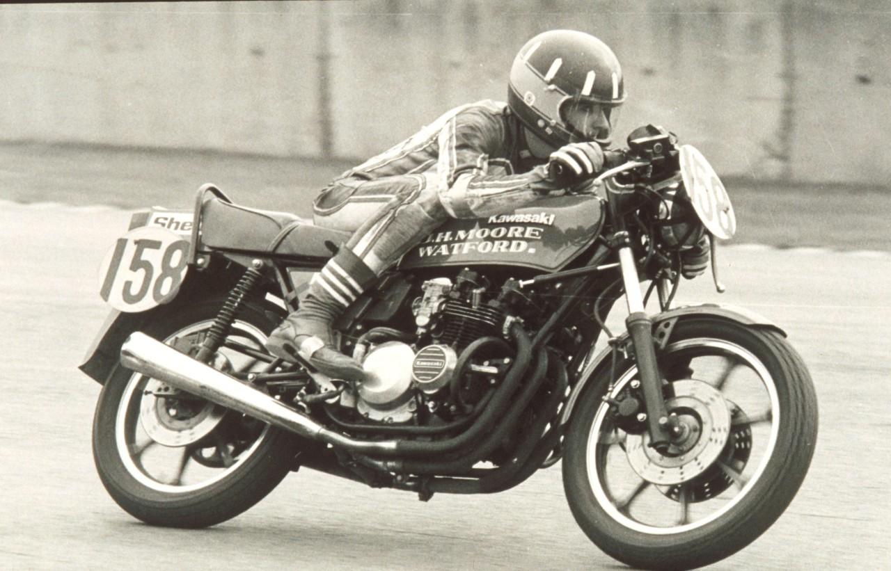 Damon Hill, early career on superbike-1.jpg